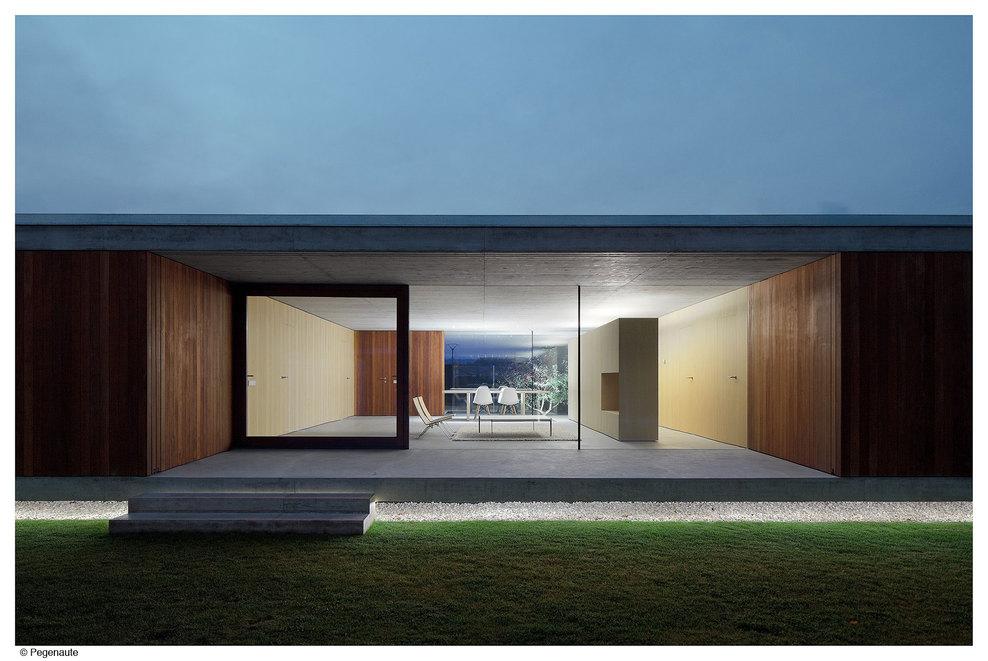 Illuminazione Esterna Villa Moderna: Illuminazione villa privata ...